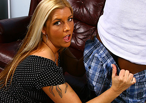 Hairy booty mature cougar gets double teamed by black stallions from Blacks on Cougars